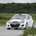 L'équipe Hyundai basée en Allemagne a effectué sa première séance d'essais durant 3 jours sur une piste d'essais privée. La i20 WRC a ainsi pu rouler pour la première fois...